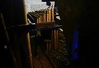 PHILIPPINES, Luzon, Metro Manila, Las Pinas, St. Joseph church with famous bamboo organ / PHILIPPINEN, Luzon, Metro Manila, Las Pinas, St. Joseph Kirche, Bambus Orgel, die weltweit einmalige Bambusorgel besteht aus 832 Bambus- und 122 Metallpfeifen und wurde 1821 gebaut