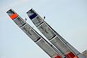 Louis Vuitton Trophy La Maddalena 4 giugno 2010. Gli strateghi di Emirates Team New Zealand e Artemis scrutano la situazione sul campo di gara nei fatidici momenti della pre partenza di una delle regate della semifinale