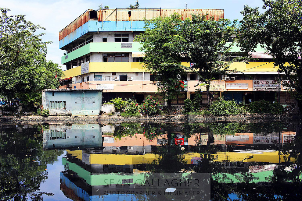 A multi colored building in Jakarta.<br /> <br /> To license this image, please contact the National Geographic Creative Collection:<br /> <br /> Image ID: 1574958 <br />  <br /> Email: natgeocreative@ngs.org<br /> <br /> Telephone: 202 857 7537 / Toll Free 800 434 2244<br /> <br /> National Geographic Creative<br /> 1145 17th St NW, Washington DC 20036