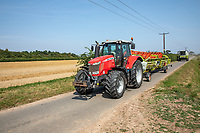 Combine moving fields - Lincolnshire, August