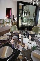 Europe/France/Provence-Alpes-Cote d'Azur/84/ Vaucluse/Saint Saturnin Les Apt: Domaine des Andéols,Hotel restaurant de charme -  la salle  du  restaurant