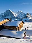 CHE, Schweiz, Kanton Bern, Berner Oberland, Grindelwald: Maennlichen Bergstation mit Eiger (3.970 m), Moench (4.107 m) und Tschuggen (2.520 m)   CHE, Switzerland, Canton Bern, Bernese Oberland, Grindelwald: Maennlichen top station with Eiger (3.970 m), Moench (4.107 m) and Tschuggen (2.520 m)