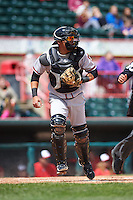 Richmond Flying Squirrels catcher Eliezer Zambrano (2) during a game against the Erie Seawolves on May 20, 2015 at Jerry Uht Park in Erie, Pennsylvania.  Erie defeated Richmond 5-2.  (Mike Janes/Four Seam Images)