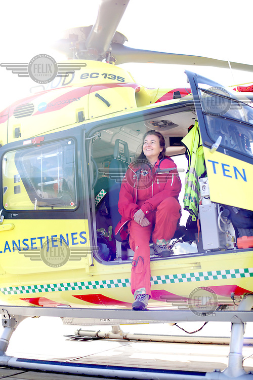 Anesthesiologist,  Ann-Elin Tomlinson