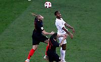 MOSCU - RUSIA, 11-07-2018: Domagoj VIDA (Izq) y Marcelo BROZOVIC (C) jugadores de Croacia disputan el balón con Raheem STERLING (Der) jugador de Inglaterra durante partido de Semifinales por la Copa Mundial de la FIFA Rusia 2018 jugado en el estadio Luzhnikí en Moscú, Rusia. / Domagoj VIDA (L) and Marcelo BROZOVIC (C) player of Croatia fights the ball with Raheem STERLING (R) player of England during match of Semi-finals for the FIFA World Cup Russia 2018 played at Luzhniki Stadium in Moscow, Russia. Photo: VizzorImage / Julian Medina / Cont