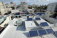 "URUGUAY Montevideo Solarpanel auf dem Bayer Buerogebaeude -  Solarenergie | .URUGUAY  Montevideo Solar panel on rooftop of Bayer office building .| [ copyright (c) Joerg Boethling / agenda , Veroeffentlichung nur gegen Honorar und Belegexemplar an / publication only with royalties and copy to:  agenda PG   Rothestr. 66   Germany D-22765 Hamburg   ph. ++49 40 391 907 14   e-mail: boethling@agenda-fototext.de   www.agenda-fototext.de   Bank: Hamburger Sparkasse  BLZ 200 505 50  Kto. 1281 120 178   IBAN: DE96 2005 0550 1281 1201 78   BIC: ""HASPDEHH"" ,  WEITERE MOTIVE ZU DIESEM THEMA SIND VORHANDEN!! MORE PICTURES ON THIS SUBJECT AVAILABLE!! ] [#0,26,121#]"