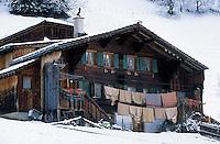 Europe/Suisse/Saanenland/Env Gstaad/Turbach: Ferme de montagne