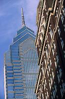 Amérique/Amérique du Nord/USA/Etats-Unis/Vallée du Delaware/Pennsylvanie/Philadelphie : One liberty Place - Premier immeuble à s'élever plus haut que la statue de Penn en haut de l'hôtel de ville