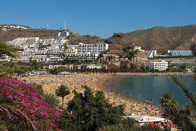 Spain, Gran Canaria, Puerto Rico: Resort and beach   Spanien, Gran Canaria, Puerto Rico: Strand