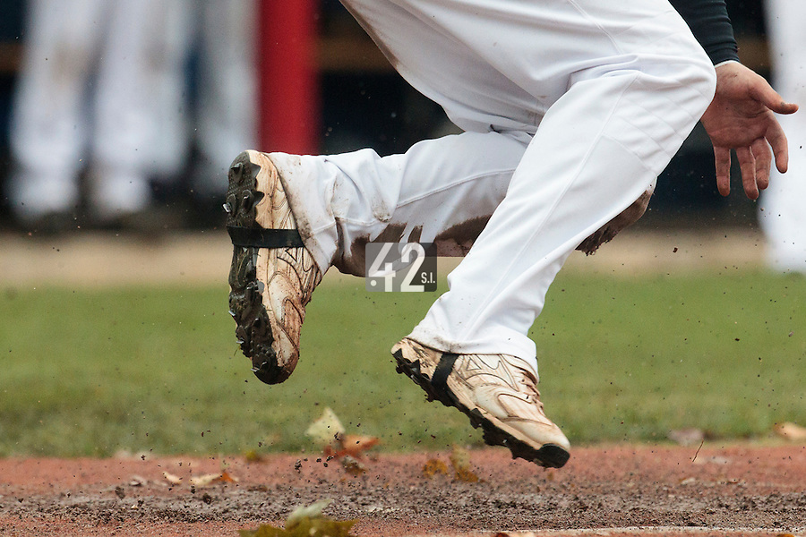 23 October 2010: Florian Peyrichou of Savigny slides into home plate during Savigny 8-7 win (in 12 innings) over Rouen, during game 3 of the French championship finals, in Rouen, France.