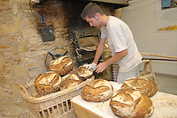 - Eataly, market for the sale of quality Italian food, bread oven<br /> <br /> - Eataly, market per la vendita del cibo italiano di qualità, forno per il pane