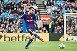 Sergio Busquets Burgos of FC Barcelona in action during the La Liga 2017-18 match between FC Barcelona and Valencia CF at Camp Nou on 14 April 2018 in Barcelona, Spain. Photo by Vicens Gimenez / Power Sport Images