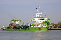 - porto di Ravenna, nave draga Marieke<br /> <br /> - port of Ravenna, dredger ship Marieke