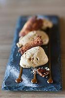 Europe/France/Bretagne/56/Morbihan/La Gacilly: Entremet caramel au beurre salé, croquant de nougatine recette de Gilles Le Gallès Restaurant  La Grée des Landes, Eco-Hôtel Spa Yves Rocher