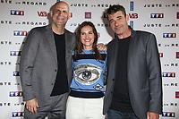 HARLAN COBEN, VIRGINIE LEDOYEN, THIERRY NEUVIC - PHOTOCALL 'JUSTE UN REGARD' AU CINEMA GAUMONT MARIGNAN A PARIS, FRANCE, LE 11/05/2017.