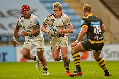 22nd November 2020; Ricoh Arena, Coventry, West Midlands, England; English Premiership Rugby, Wasps versus Bristol Bears; Daniel Thomas of Bristol carries the ball late in the game looking for an opening as Capon of Wasps looks to contact