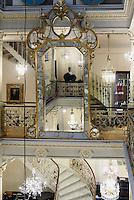 Glasgeschäft Lobmeyr, Kärtner Str. 26  , Wien, Österreich<br /> Glass-shop Libmeyr, Kärtner Str.26, Vienna, Austria