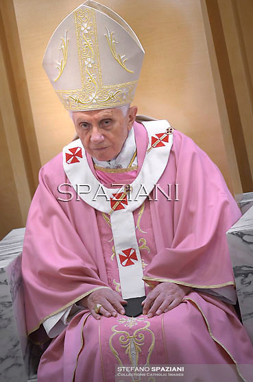 """Pope Benedict XVI as he leads a mass during his visit to the parish church """"Santa Maria delle Grazie"""" in Rome on December 11, 2011."""