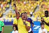 SIlvestre Dangond canta el himno de Colombian antes del partido contra Peru  en el Estadio Metropolitano Roberto Melendez de Barranquilla el  8 de octubre de 2015.<br /> <br /> Foto: Archivolatino<br /> <br /> COPYRIGHT: Archivolatino<br /> Prohibido su uso sin autorización.