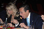 GIANFRANCO FINI CON ELISABETTA TULLIANI ALL'OKTOBER FEST A VILLA ALMONE  2008