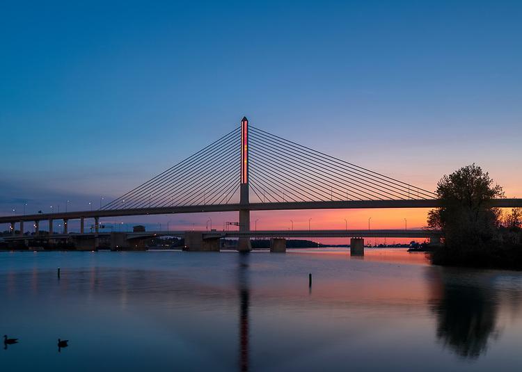 New Year's | Toledo Veteran's Glass City Skyway Bridge | HLB Lighting