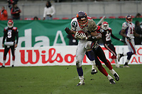 Adam Herzing (Wide Receiver Frankfurt Galaxy) hat den Ball gefangen