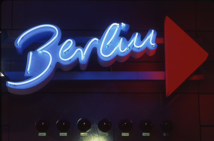 Europe, DEU, Germany, Berlin, Neon Sign Berlin ....[ For each utilisation of my images my General Terms and Conditions are mandatory. Usage only against use message and proof. Download of my General Terms and Conditions under http://www.image-box.com or ask for sending. A clearance before usage is necessary...Material is subject to royalties. Each utilisation of my images is subject to a fee in accordance to the present valid MFM-List...Contact | archive@image-box.com | www.image-box.com ]