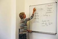 Corso di tedesco.German course. Insegnante Dagmar Palm..Upter. L' Università popolare di Roma si occupa dell' apprendimento permanente degli adulti.Popular University of Rome is responsible for Life Long Learning.