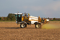 1.10.2020 Pre-emergence spraying on direct drill Winter cereals <br /> ©Tim Scrivener Photographer 07850 303986<br />      ....Covering Agriculture In The