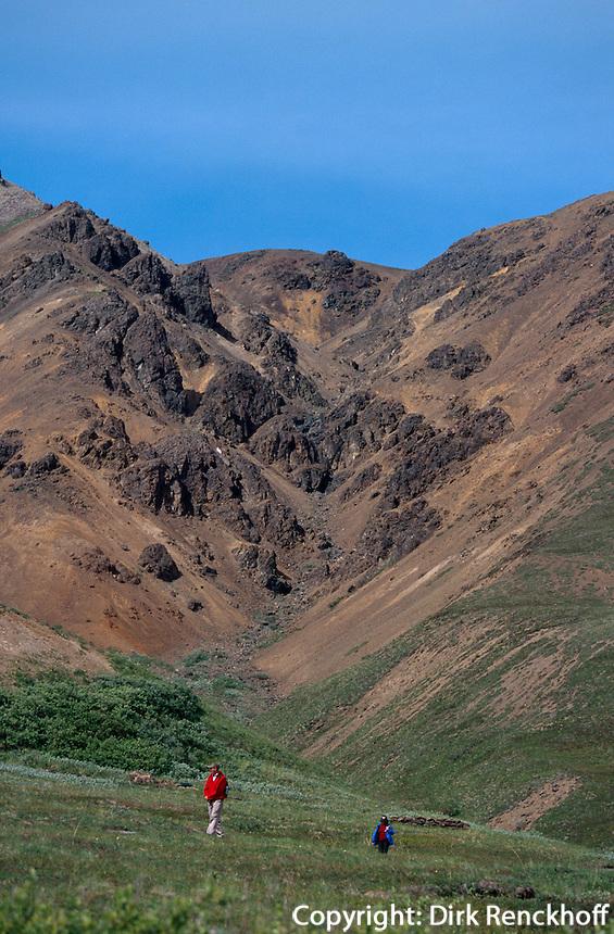 USA, Alaska, Bersucher im Denali Nationalpark