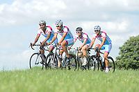 SCHAATSEN: FRYSLAN: 06-07-2015, Shani Davis Beslist.nl, v.l.n.r. Shani Davis, Kai Verbij, Pim Schipper, Jesper Hospes, ©foto Martin de Jong