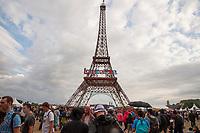 AMBIANCE AU 1ER FESTIVAL LOLLAPALOOZA PARIS LE 22 JUILLET 2017 A L HYPPODROME DE LONGCHAMPS DE PARIS