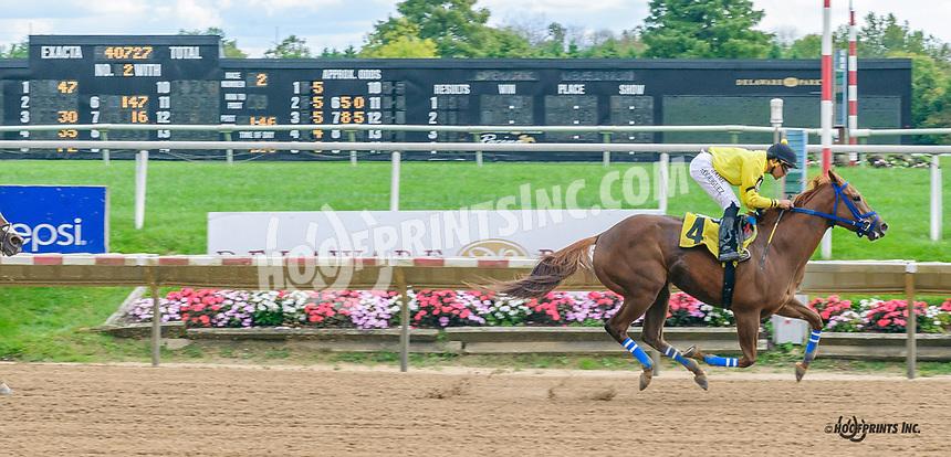 Moniques Daredevil winning at Delaware Park on 10/7/21