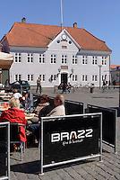 Tinghuset (Gerichtsgebäude) auf dem Store Torv in Rønne, Insel Bornholm, Dänemark, Europa<br /> Tinghuset (court house) at Store Torv, Roenne, Isle of Bornholm, Denmark