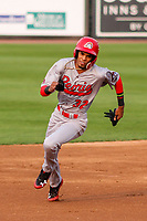 Peoria Chiefs shortstop Delvin Perez (32) races to third base during a Midwest League game against the Wisconsin Timber Rattlers on May 31, 2019 at Fox Cities Stadium in Appleton, Wisconsin. Peoria defeated Wisconsin 3-0. (Brad Krause/Four Seam Images)