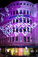 Designer's Open 2009 - Merkurhaus altes Karstadt Sport - HVA Außenansicht mit Projektion des Logos Schriftzug. Foto: Norman Rembarz..Norman Rembarz , ( ASV-Autorennummer 41043728 ), Holbeinstr. 14, 04229 Leipzig, Tel.: 01794887569, Hypovereinsbank: BLZ: 86020086, KN: 357889472, St.Nr.: 231/261/06432 - Jegliche kommerzielle Nutzung ist honorar- und mehrwertsteuerpflichtig! Persönlichkeitsrechte sind zu wahren. Es wird keine Haftung übernommen bei Verletzung von Rechten Dritter. Autoren-Nennung gem. §13 UrhGes. wird verlangt. Weitergabe an Dritte nur nach  vorheriger Absprache..