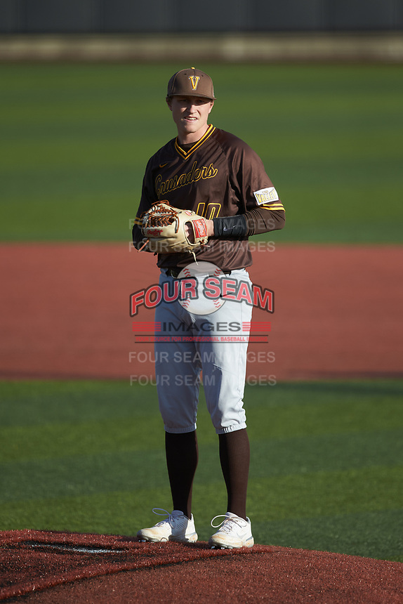 Valparaiso Crusaders starting pitcher Easton Rhodehouse (10) looks to the dugout for the pitch call during the game against the Western Kentucky Hilltoppers at Nick Denes Field on March 19, 2021 in Bowling Green, Kentucky. (Brian Westerholt/Four Seam Images)