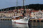 ..Cruise in Croatia. Island of Dalmatia