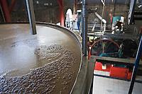 France/DOM/Martinique/ Saint-Pierre:  Distillerie Neisson -Rhum AOC de la Martinique - Les cuves à fermentation