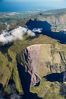 France, île de la Réunion, Parc national de La Réunion, classé Patrimoine Mondial de l'UNESCO, le cirque de Cilaos (vue aérienne) // France, Reunion island (French overseas department), Parc National de La Reunion (Reunion National Park), listed as World Heritage by UNESCO, cirque de Cilaos (aerial view)