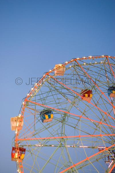 The Wonder Wheel (landmark ferris wheel) at Coney Island, Dusk, soft focus/decocussed effect.....Coney Island, Brooklyn, New York City, New York State, USA