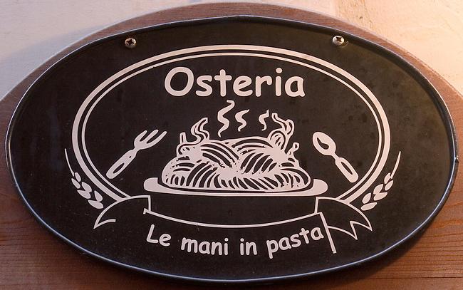Sign, Le Mani Restaurant, Rome, Italy