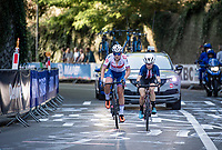 Zoe Backstedt (GBR) becomes the newest Junior World Champion ahead of Kaia Schmid (USA)<br /> <br /> Women Juniors - Road Race <br /> race from Leuven to Leuven (75km)<br /> <br /> UCI Road World Championships - Flanders Belgium 2021<br /> <br /> ©kramon