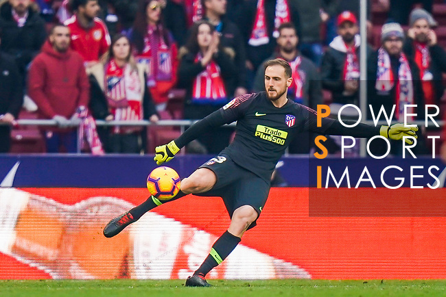 Goalkeeper Jan Oblak of Atletico de Madrid in action during the La Liga 2018-19 match between Atletico de Madrid and Deportivo Alaves at Wanda Metropolitano on December 08 2018 in Madrid, Spain. Photo by Diego Souto / Power Sport Images