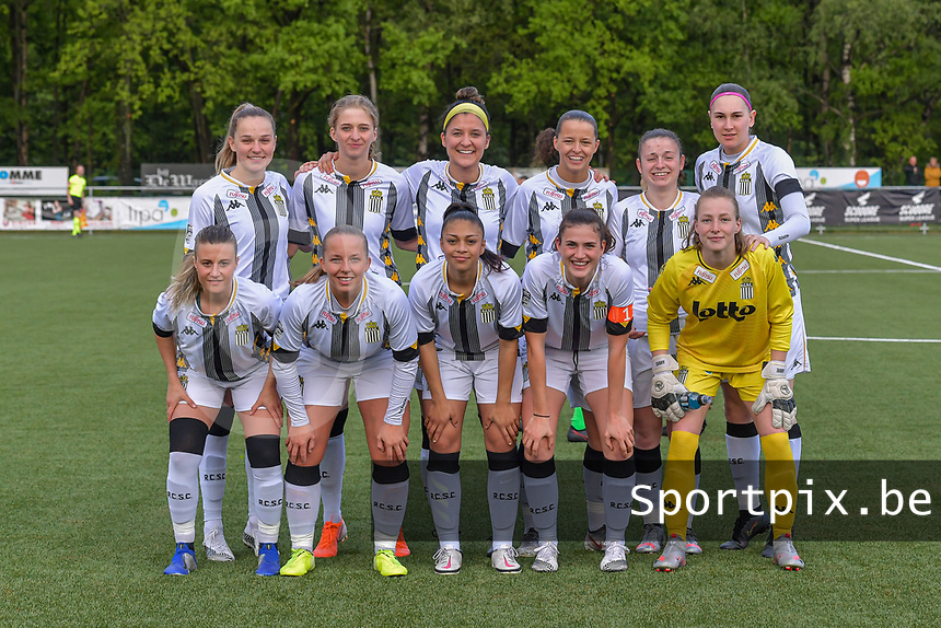 team Sporting Charleroi ( Renate-Ly Mehevets (15) , Ludmila Matavkova (9) , Madison Hudson (8) , Alysson Duterne (14) , Chrystal Lermusiaux (2) , Estelle Dessilly (13) and Jeanne Bouchenna (10) , Megane Vos (16) , Jessica Silva Valdebenito (18) , Noemie Fourdin (22) , goalkeeper Ambre Collet (1) ) pictured before a female soccer game between Sporting Charleroi and Eendracht Aalst on the 8th matchday in play off 2 of the 2020 - 2021 season of Belgian Scooore Womens Super League , tuesday 18 th of May 2021 in Marcinelle , Belgium . PHOTO SPORTPIX.BE | SPP | STIJN AUDOOREN
