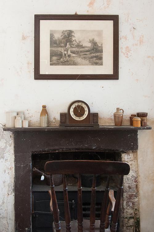 Fireplace in head gardener's office, Audley End.