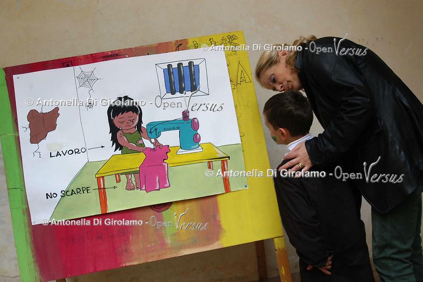 Lavori dei bambini sullo sfruttamento del lavoro minorile..Work of children on the exploitation of child labor....