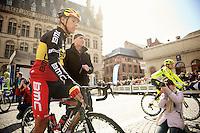 Brabantse Pijl 2012.Leuven-Overijse: 195,7km..Philippe Gilbert & national coach Carlo Bomans