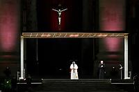 20210402 Papa Francesco celebra la Via Crucis in Piazza San Pietro