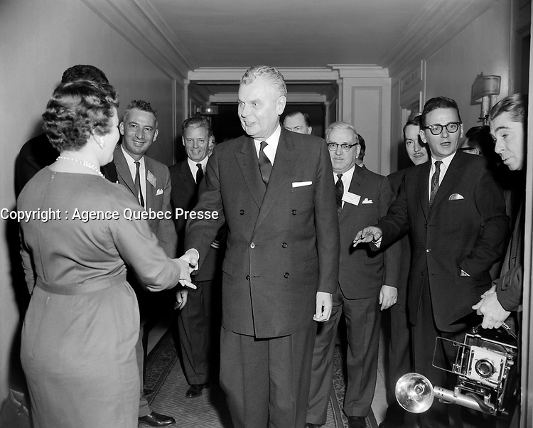 Le Premier Ministre John Diefenbaker lors du  Congres du Parti Conservateur Federal,Du 3 au 5 mars 1961, a Quebec<br /> <br /> Photographe : Photo Moderne<br /> - agence Quebec Presse